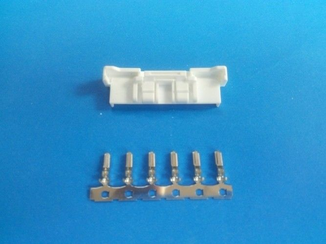 Pitch 2.0mm Wire to Wire Connector , 4-15PIN , AWG22-26 , Tin-plated,white color